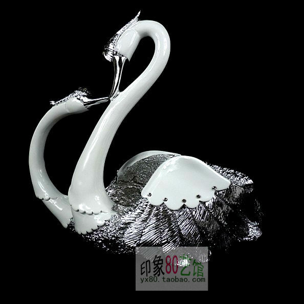 Home decor resin crafts ornaments European fruit living room kissing couple swan ornaments wedding gift items(China (Mainland))