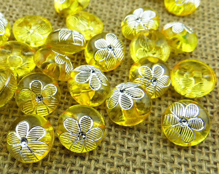 60PCS Transparent flower pattern yellow Dyed Acrylic buttons coat boots sewing clothes accessories A-017-11