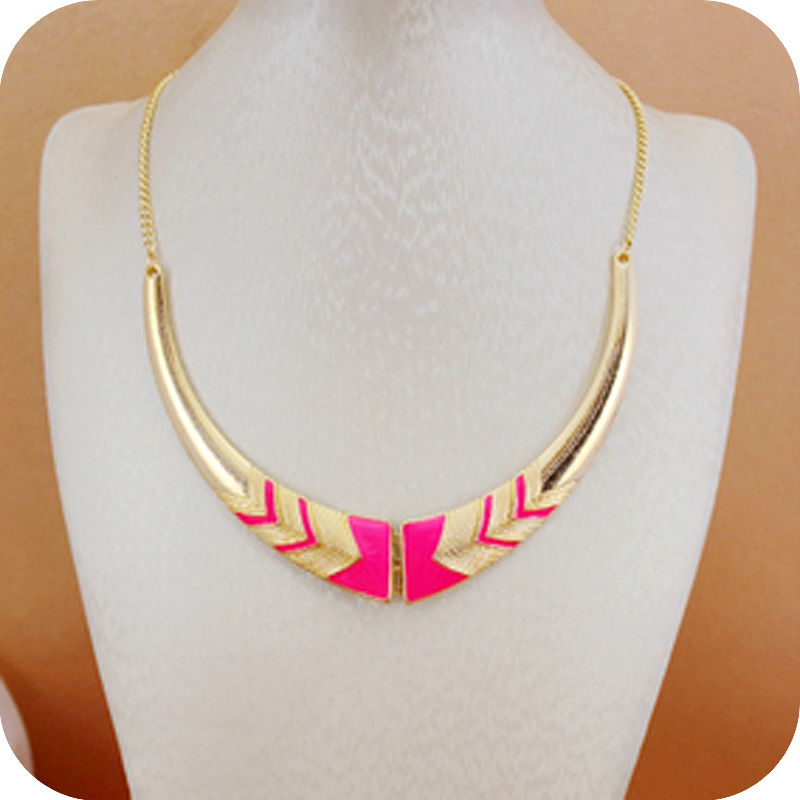 Wholesale fashion accessories vintage short design female collar necklace statement necklace choker necklaces for women(China (Mainland))