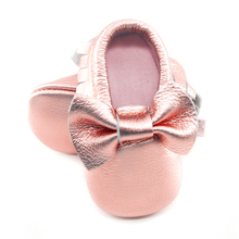 New Shine Pink Genuine Leather Baby moccasins bow First Walkers Soft Rose gold Baby girl shoes infant Fringe Shoes 0-30 month(China (Mainland))