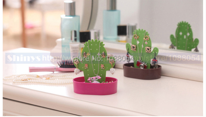 Free shipping cactus Multifuctional Accessories stand jewelry display jewelry stand for necklace bracelet earrings Plastic 1 pc(China (Mainland))