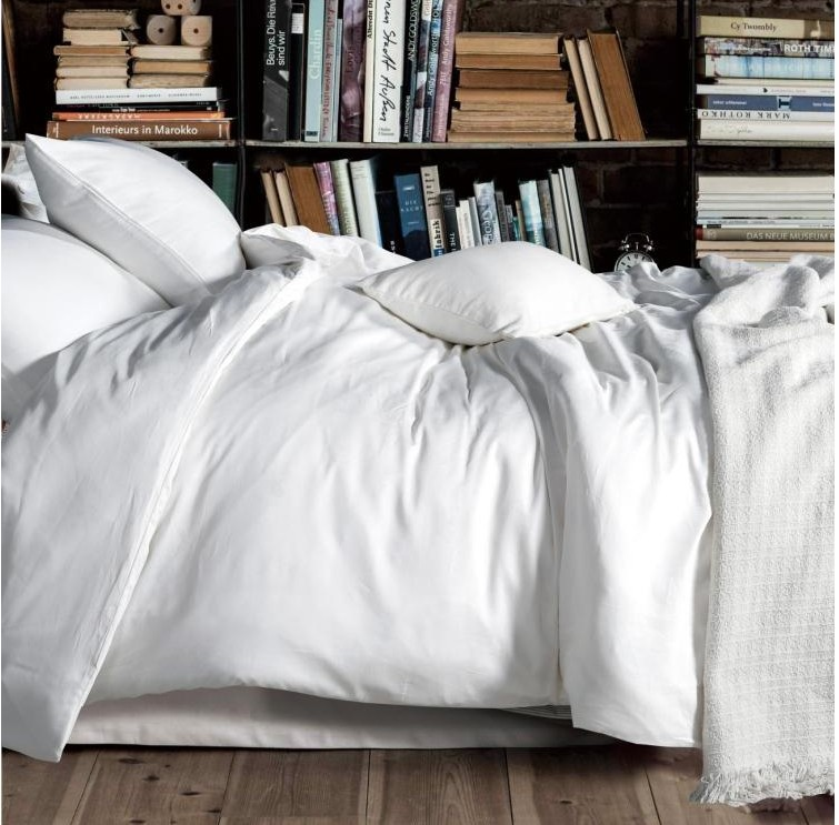 Luxo 100% algodão egípcio sólido branco jogo do fundamento rei queen size quilt capas de edredão cama em um saco lençol 2015(China (Mainland))