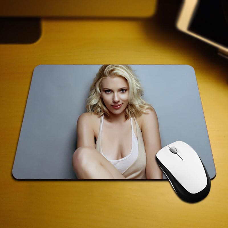 Beautiful Best Game Custom Mousepads Rubber Pad 18*22cm and 25*29cm Mouse Mats(China (Mainland))