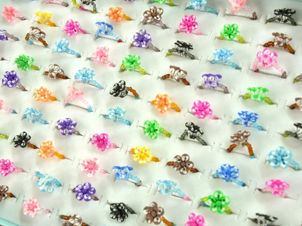 5pcs/lot Lucite Children Lovely Cute Rings multicolor Flower ring for girls mixed design Wholesale Jewelry(China (Mainland))