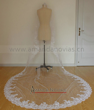 Hot Sale 3 meters Long Veils For Wedding With Lace Edge(China (Mainland))