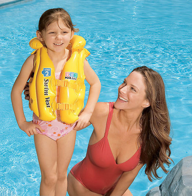 Wholesale Children's Life Jacket Safety Life Vest Inflatable Swim Vest PVC Summer Swimsuit Water Safety Products Free Shipping(China (Mainland))