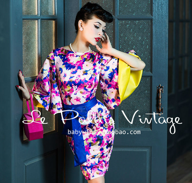 Le Palais Vintage spring / summer Floral horn sleeve silk dress belt/vestidos