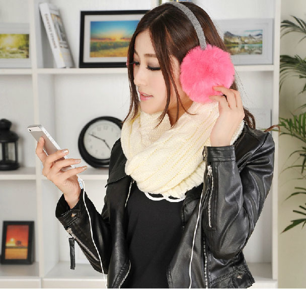 Winter fashion lovely warm plush earmuffs trend of music headphones headsets package earphone ecouteurs 3.5mm Wired headband(China (Mainland))