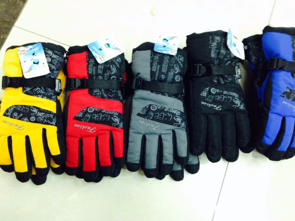 1GLV897 wholesale outdoor wind proof warm winter gloves climb mountain motorcycle thickening ski gloves