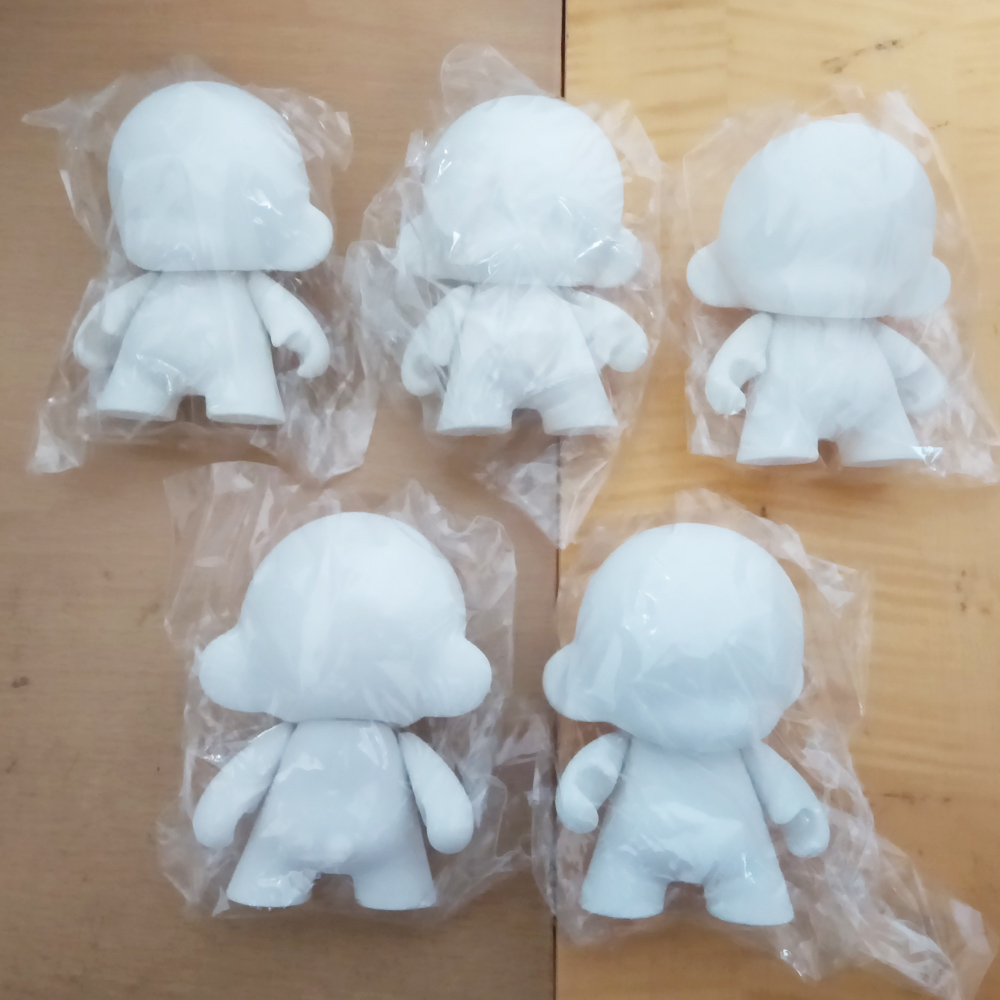 """10pcs/Lot 4"""" inch white Kidrobot Munny dolls do it yourself Diy Vinyl Art Figure toys With Opp Bag 12cm Unpainted Doll Toy2R(China (Mainland))"""