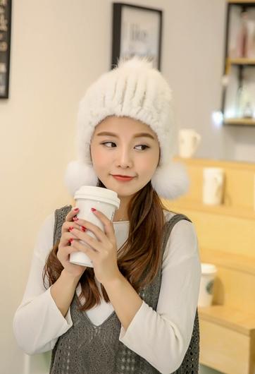 Winter New Authentic Thick Warm Mink Fur Hat Knitted Fox Fur Ball Ms. Luxury fashion Winter Hat Ear Cap Female Skullies  TM-13