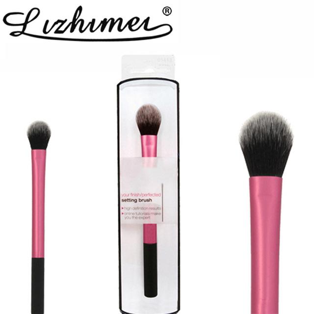 Щетка для макияжа, кисть для макияжа, розовая.