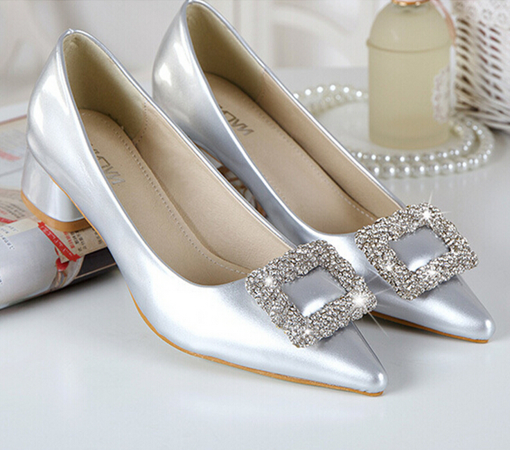 New luxury rhinestone buckle leather shoes Classical thick heel women pumps Sexy ponited toe high heel work dress shoes with box(China (Mainland))