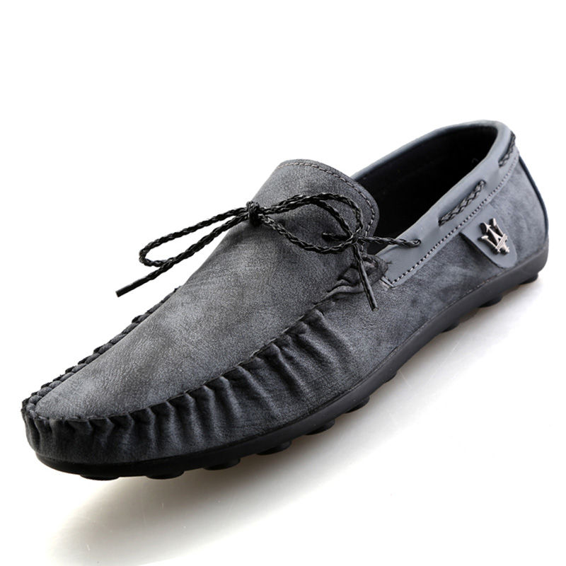 Korean version trend men loafers Fashion charm PU leather driving shoes Casual comfortable slip-on men boat shoes TX091(China (Mainland))