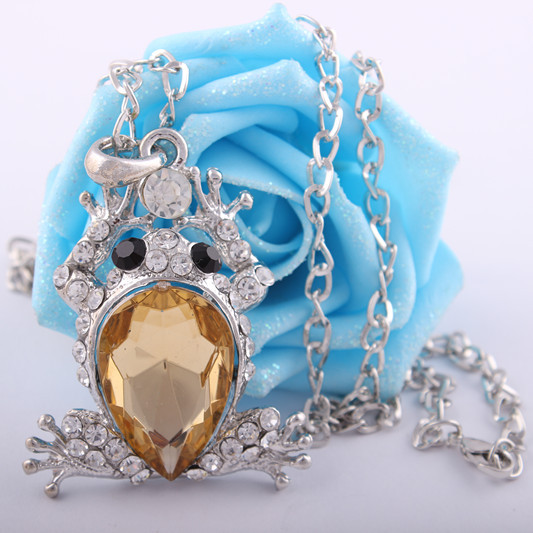product Min.order is $10 (mix order)FREE SHIPPING!South Korea adorn article Fashion crystal cute frog prince necklace.(silver)