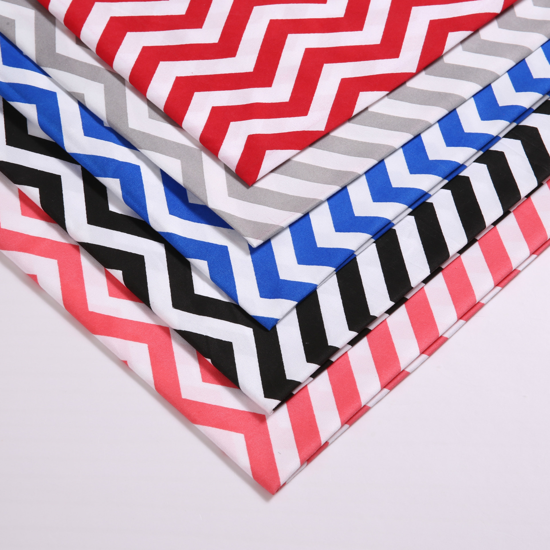 47346 50*147CM Chevron 100% polyester fabric for Tissue Kids Bedding textile for Sewing Tilda Doll, DIY handmade materials(China (Mainland))