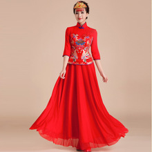 Chinese Traditional Dress Wedding Qipao 2015 Summer Red Long Sleeve Embroidered Cheongsam Vintage Modified Bride XiuHe suit