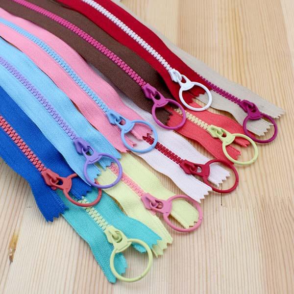 Sale New product ! CONTRAST COLOR Resin Zipper Lifting Ring Quoit zipper Pull Head 20CM Mix 10 Colors DIY bag Handmade(China (Mainland))