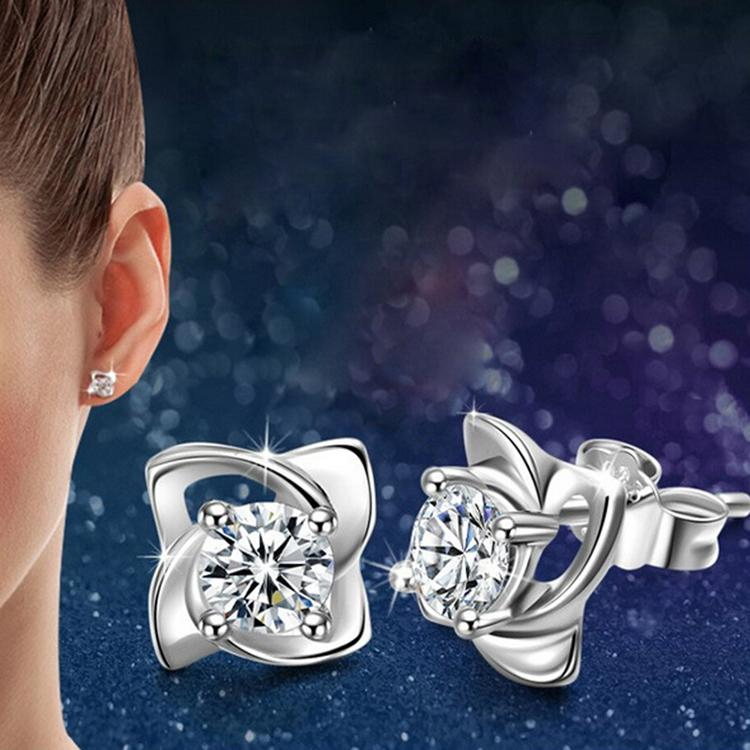 New Arrival Elegant Silver Plated Four Leaves Clover Shaped Woman Earrings Jewelery Accessories EAR-0612(China (Mainland))