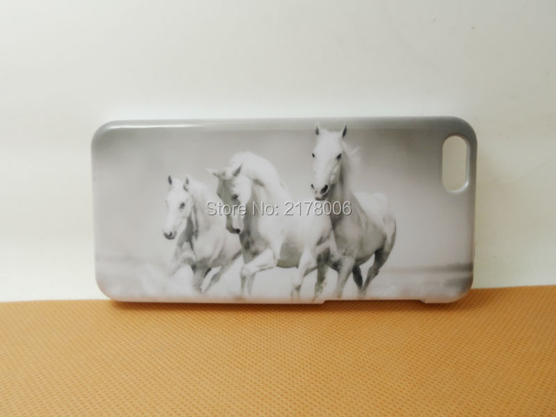 Free Shipping Painting Printed Animal Running Horse White Plastic Hard Skin Cover For Apple iphone 5C Cell Phone Case(China (Mainland))