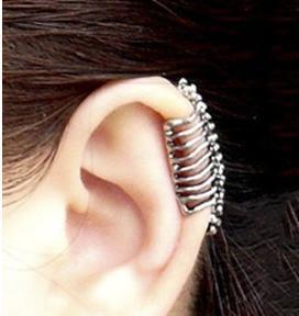ED 0239 European American fashion retro punk style skull spine ear clip - Hui Fang jewelry store