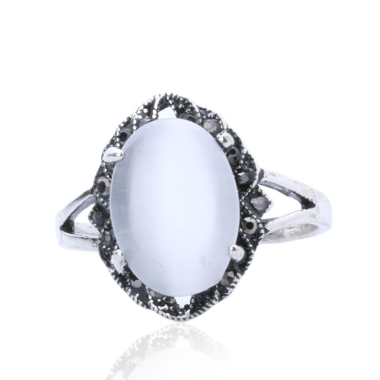 Hot Sale Jewelry Cheap Silver Plated Ring White Oval Opal Ring Engagement Rin