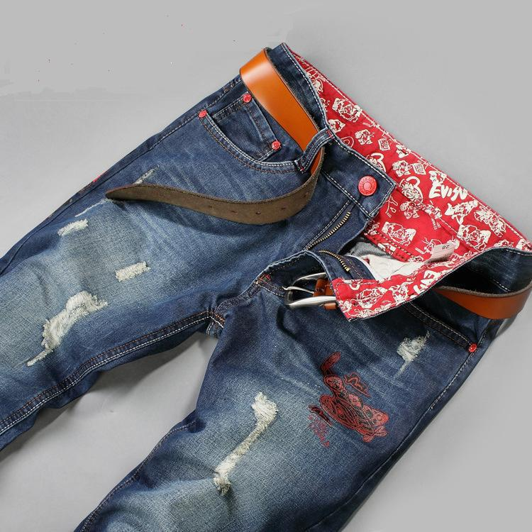 the popularity of wearing jeans James dean and marlon brando made them popular in movies and everyone wanted to wear them jeans became a symbol of the youth rebellion during the 1950s and 1960s.