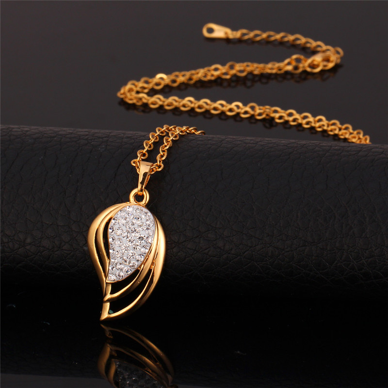 Gold Necklace Pendants Women Jewelry 18K Real Gold Plated 2015 Trendy Nice Gift For Wife Crystal Necklaces Vintage Pendant P107(China (Mainland))