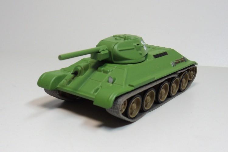 Tank T-34 Fabbri Soviet 1:72 tank medium tank armored vehicle military model(China (Mainland))