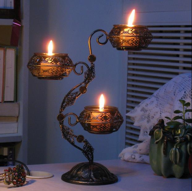 Classical iron art candlestick decorative metal candle for Arts and crafts candle sconces