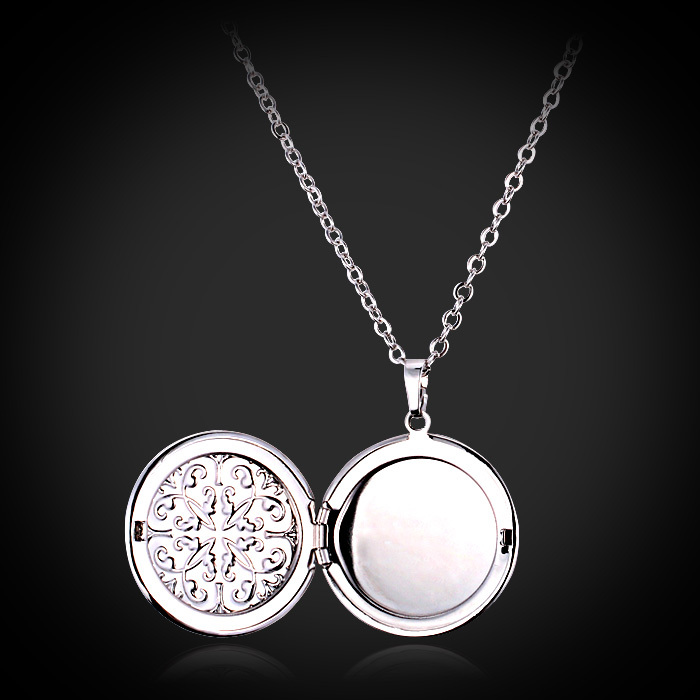 Pendant Necklace New Fashion Vintage Flower Frame Floating Photo Locket Pendants 18K Gold Plated High Quality Jewelry Brand P296(China (Mainland))