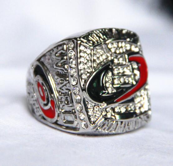 Free Shipping 2006 Carolina Hurricanes Stanley Cup Championship Ring solid for men sport(China (Mainland))