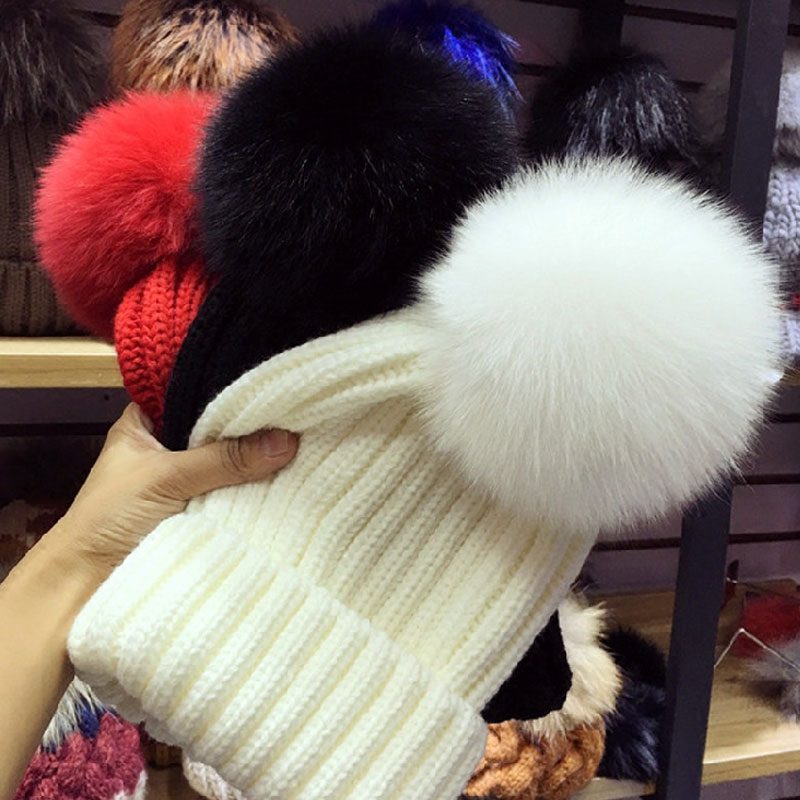 Winter fur pompom hat for women fur hat pom pom hat fur pom poms beanie women bobble hat(China (Mainland))