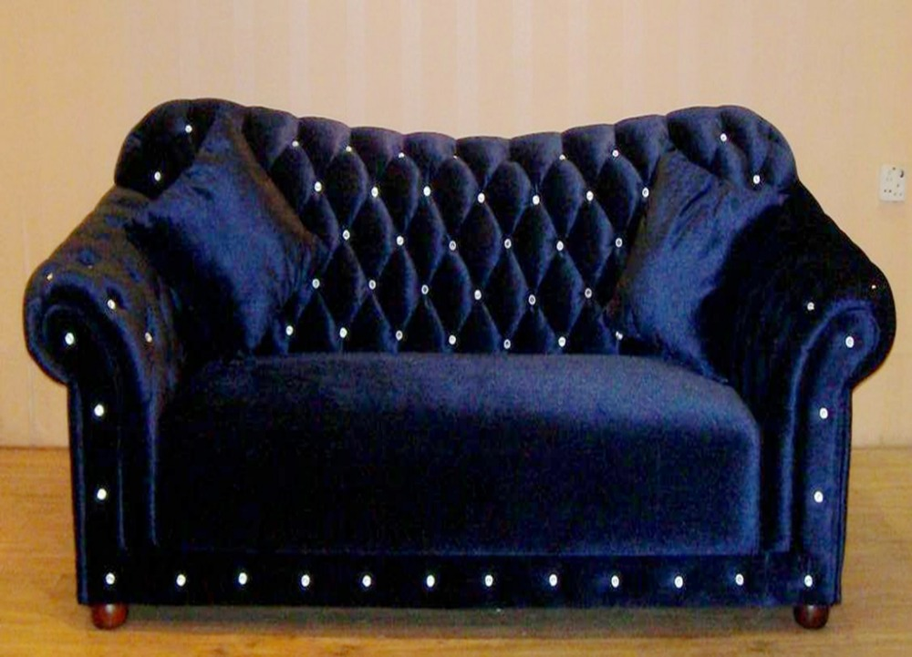 Most popular purple fabric chesterfield sofa set 718 in for Most popular living room furniture