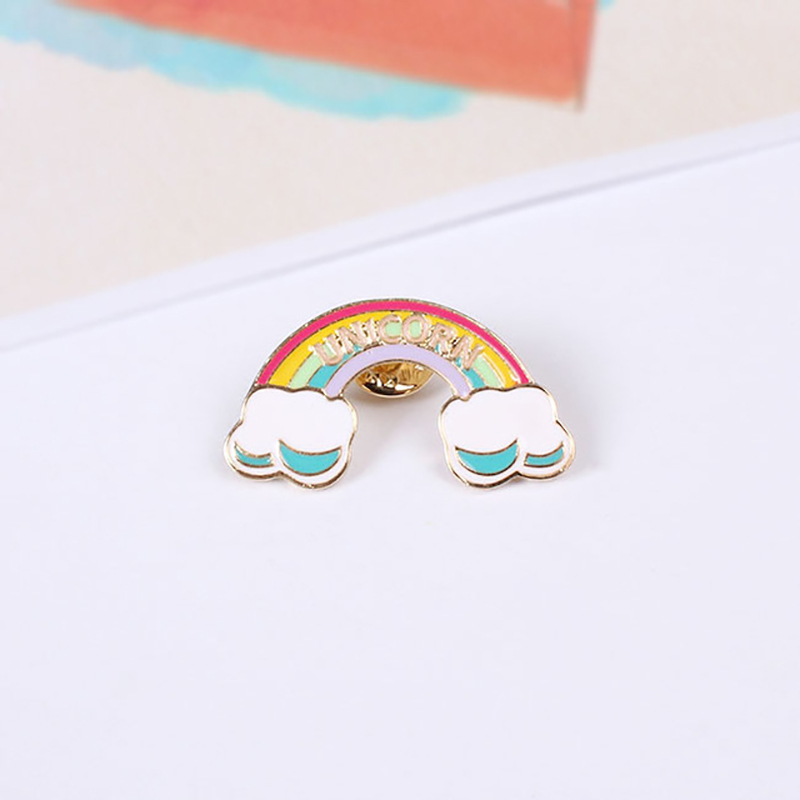 Free-Shipping-Cartoon-Cute-Scooter-Dog-Heart-Unicorn-Rainbow-Rocket-Metal-Brooch-Pins-Badge-Jewelry-For.jpg_640x640 (4)