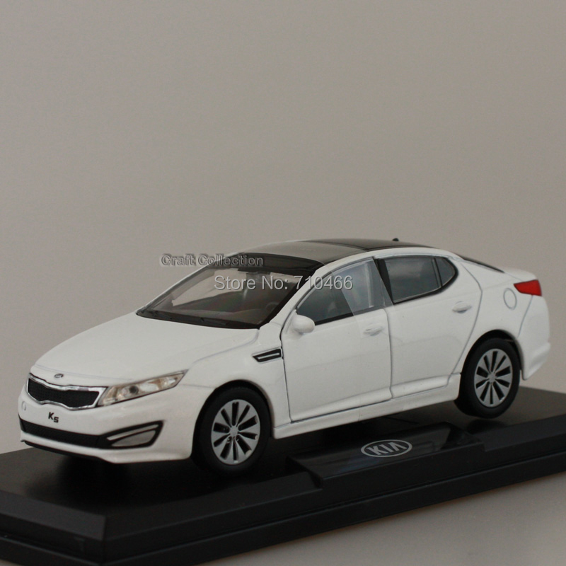2011 Free Shipping! 2012 1/38 White KIA MOTORS K5 OPTIMA Diecast Metal Mini Car 1:38 Scale Model Toys 3 Colors Available(China (Mainland))