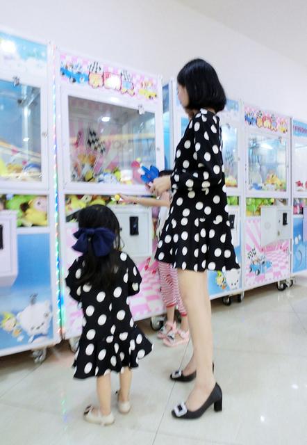 Бесплатная доставка Новый стиль семья матч наряды родитель-ребенок мать-одиночка ...