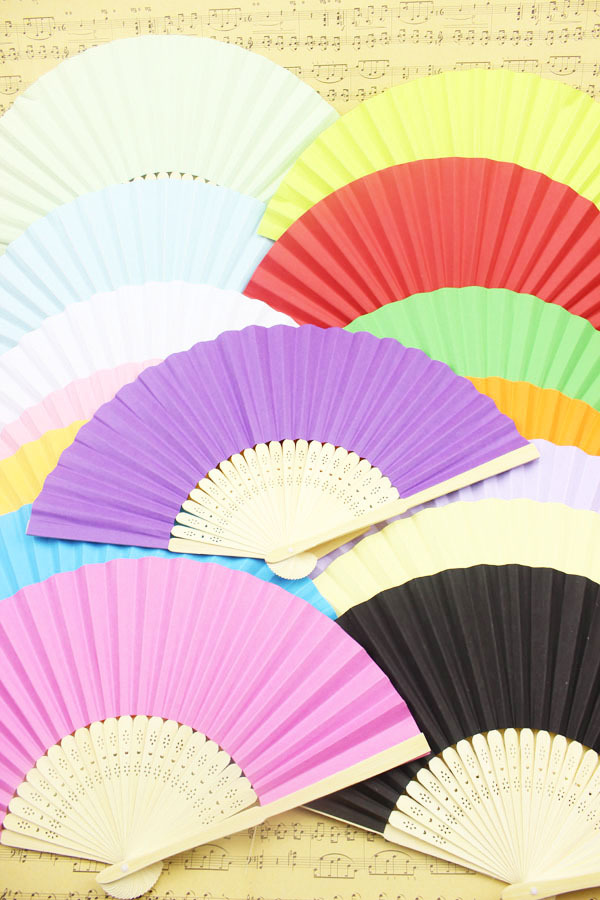 (300 pieces/lot) New solid color paper fans Fancy wedding favors Advertising and promotional hand fans(China (Mainland))