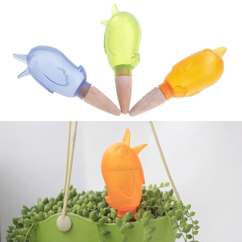 achetez en gros bird waterer drip en ligne des grossistes bird waterer drip chinois. Black Bedroom Furniture Sets. Home Design Ideas