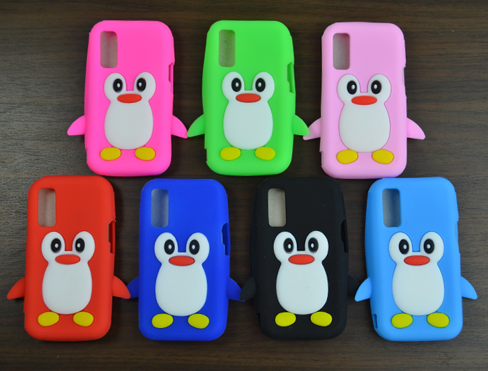 1pcs Colorful Cute Cartoon Penguin Soft Silicone cover for Samsung S5230 S5233 Protective Case fundas(China (Mainland))