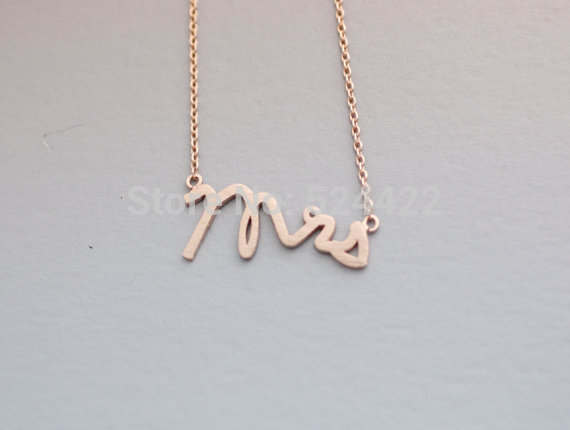 Free shipping 10pcs/lot Gold/Silver Plated MISS Letter Shape Pendant Necklace Cute Letter Necklaces XL119<br><br>Aliexpress
