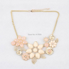 2015 New Womens Necklace Fashionable Flower Jewelry Collar Chain Pendant Rhinestone Statement Necklace Dress Accessories(China (Mainland))