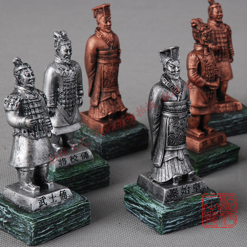 Free Shipping Terracotta warriors transparent two color/ random model single boxed commercial crafts decoration 10.5cm high(China (Mainland))
