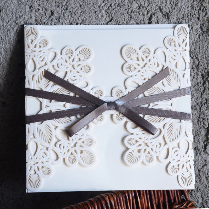 1PCS Sample Card White Floral Laser Cut Wedding Invitations With Ribbon Blank Inner Sheet For Business Party Birthday Supply(China (Mainland))