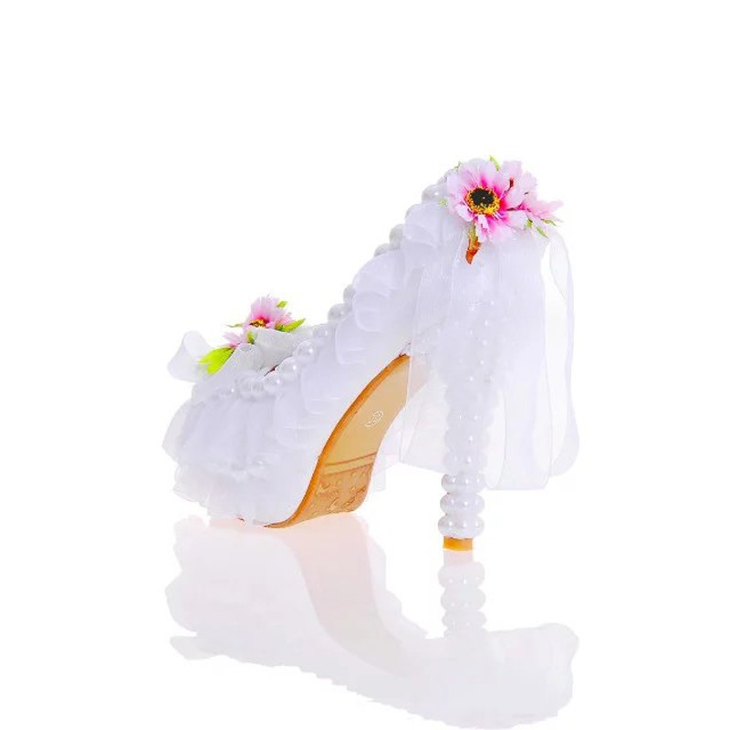2017 Beautiful Flower Wedding Shoes Peep Toe New Year Party Dress Shoes Banquet Prom Pumps Handmade White Lace Bridal Shoes