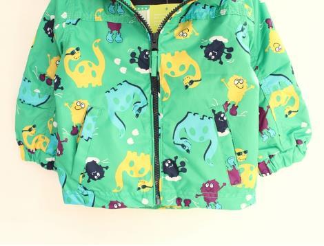 Скидки на 2015 горячий источник осень дети мальчики одежды куртки от ветра верхняя одежда мальчики динозавров кардиган пальто