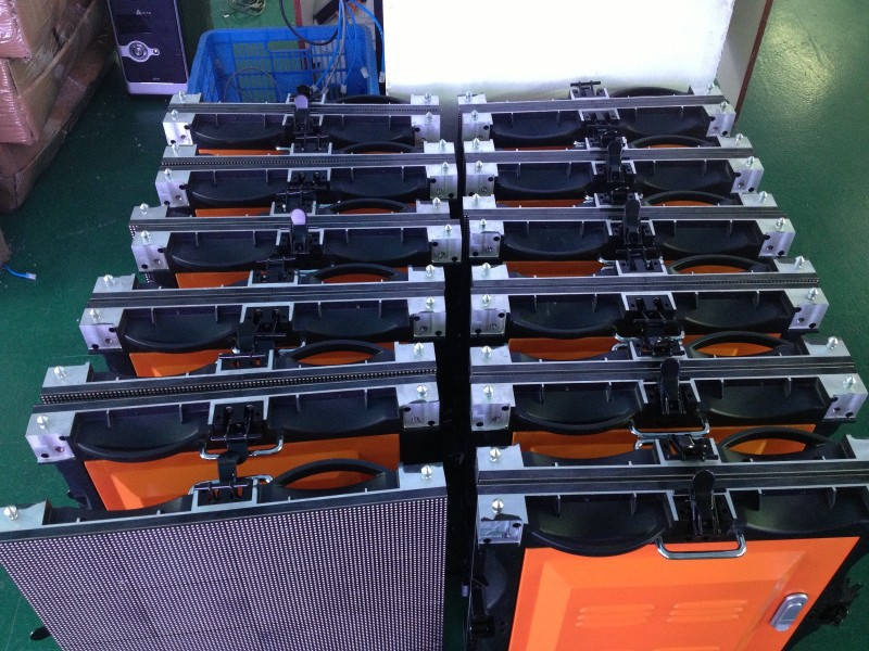 4PCS of 512mm*512mm Die-casting Aluminum Rental Boxes/Pack=1.04 SQM Indoor P4 Rental Display Full Color LED Rental Screen All In(China (Mainland))