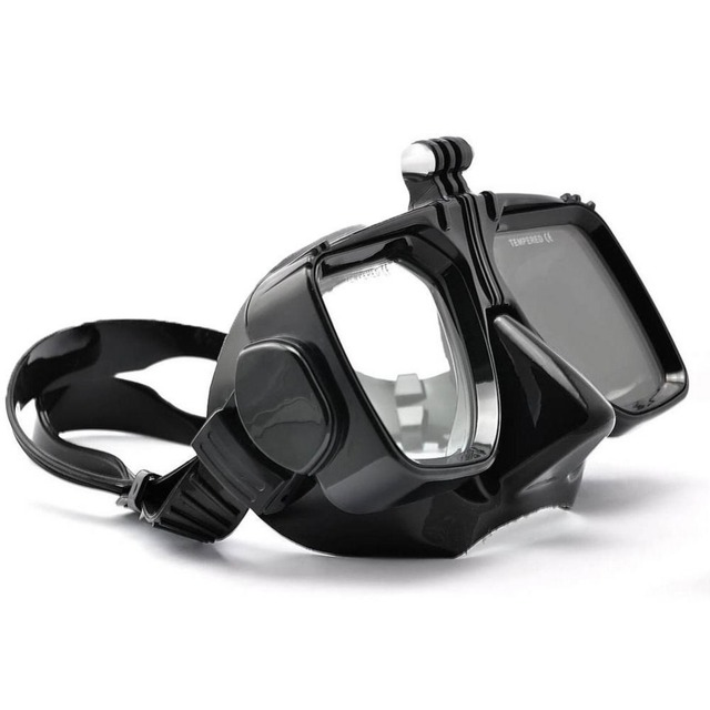 Scuba Diving Mask With Camera Attaching Module