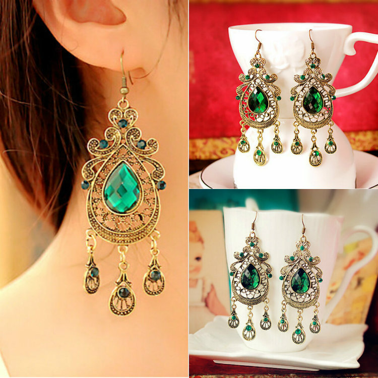 Retro Palace Droplets Green Crystal Earrings Alloy Dangle Earrings for Women  Fashion Jewelry