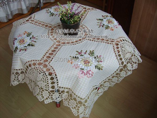 free shipping lace tablecloth for wedding table overlay with embroidery flowers cotton crochet cutout table towel for home decor(China (Mainland))